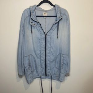 🔴Forever 21 Lightweight oversized jean jacket L